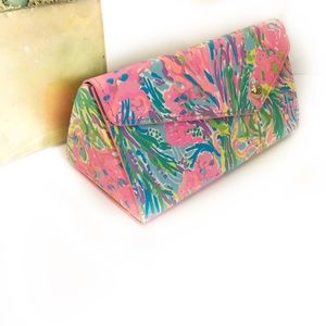 Lilly Pulitzer Foldable Sunglasses Case